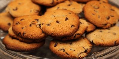 paleo-approved-chocolate-chip-cookies